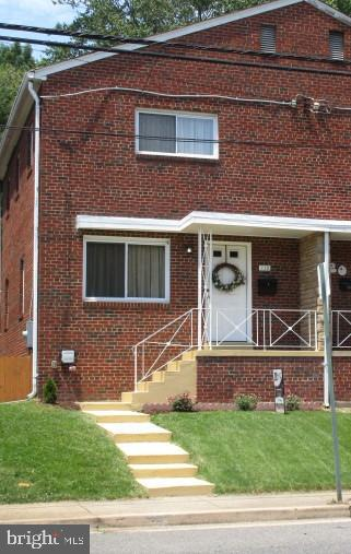 Convenient to King Street Metro.  Renovations include kitchen, bathrooms, wiring, insulation, drywalls, lighting/fan fixtures, refinished hardwood floors,tile floors in kitchen, baths and basement floors, HVAC, windows, doors, fence and landscaping.