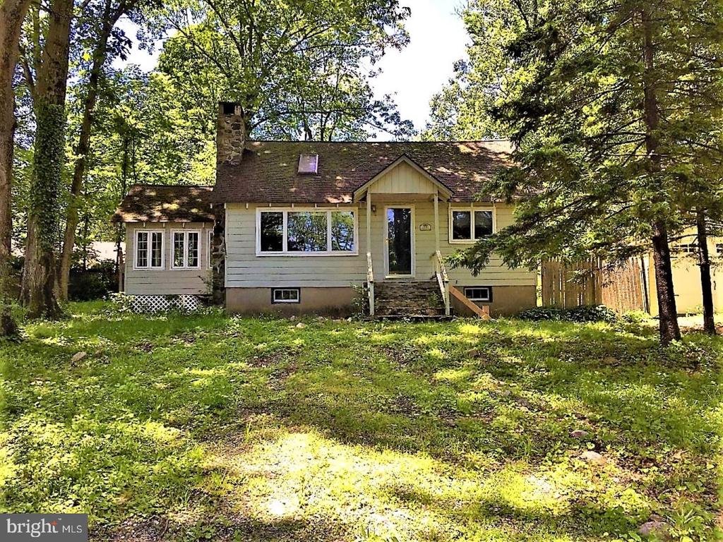 209 MOHICAN ROAD, HIGHLAND LAKES, NJ 07422