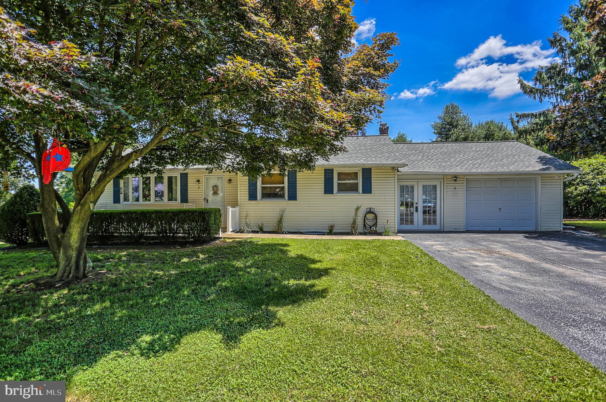 2 MAURICE ROAD, MOUNT HOLLY SPRINGS, PA 17065
