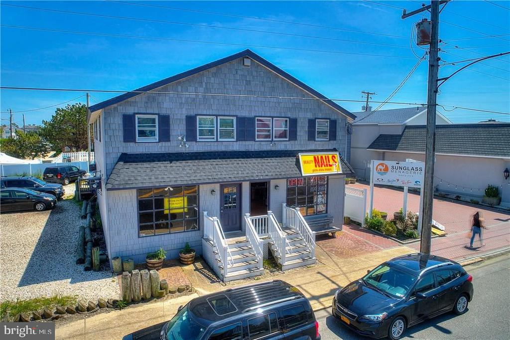 907-909 N Bay Avenue, Beach Haven, NJ 08008