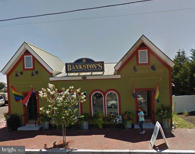 615 S BAY AVENUE, BEACH HAVEN, NJ 08008