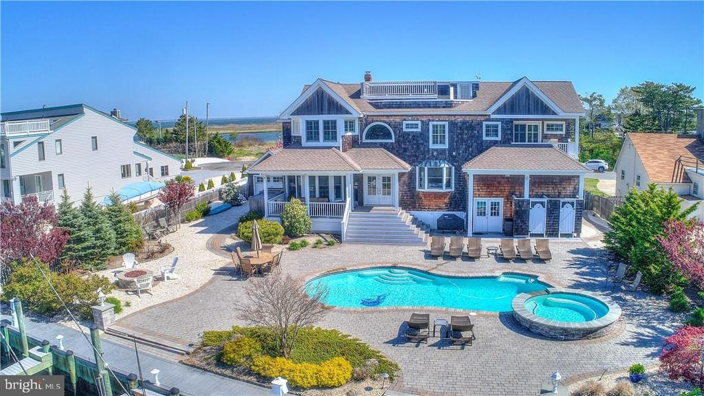 410  JEFFERIES AVENUE, Long Beach Island, New Jersey