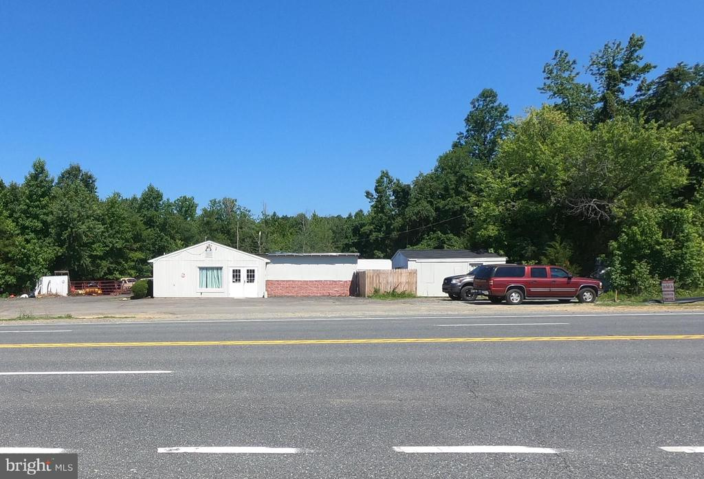 1193 JEFFERSON DAVIS HIGHWAY, FREDERICKSBURG, VA 22405