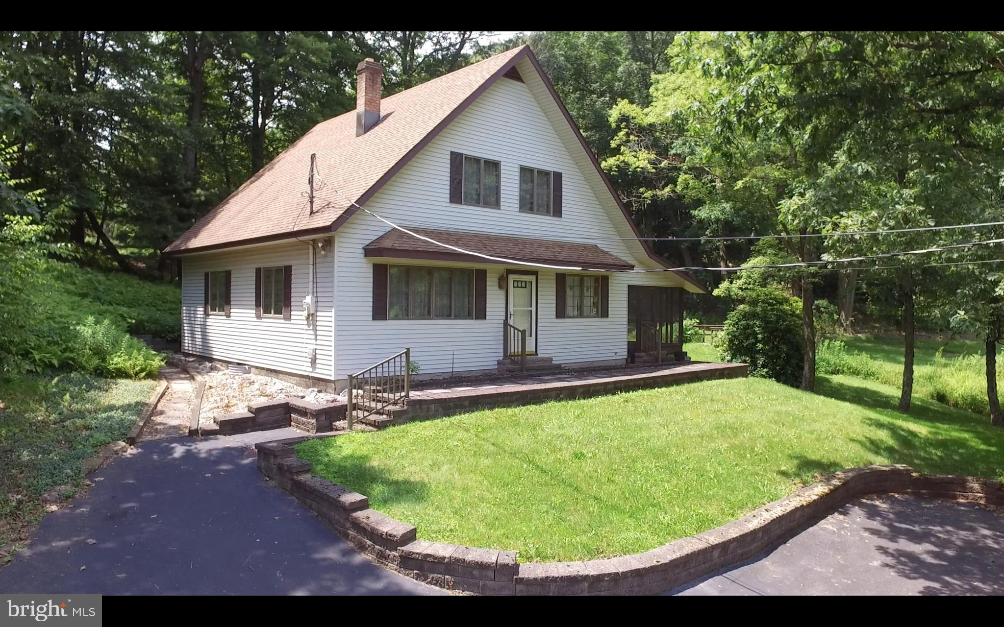 73 BARRY ROAD, LAVELLE, PA 17943