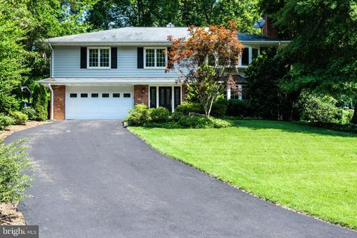 Photo of 1210 Huntly Pl