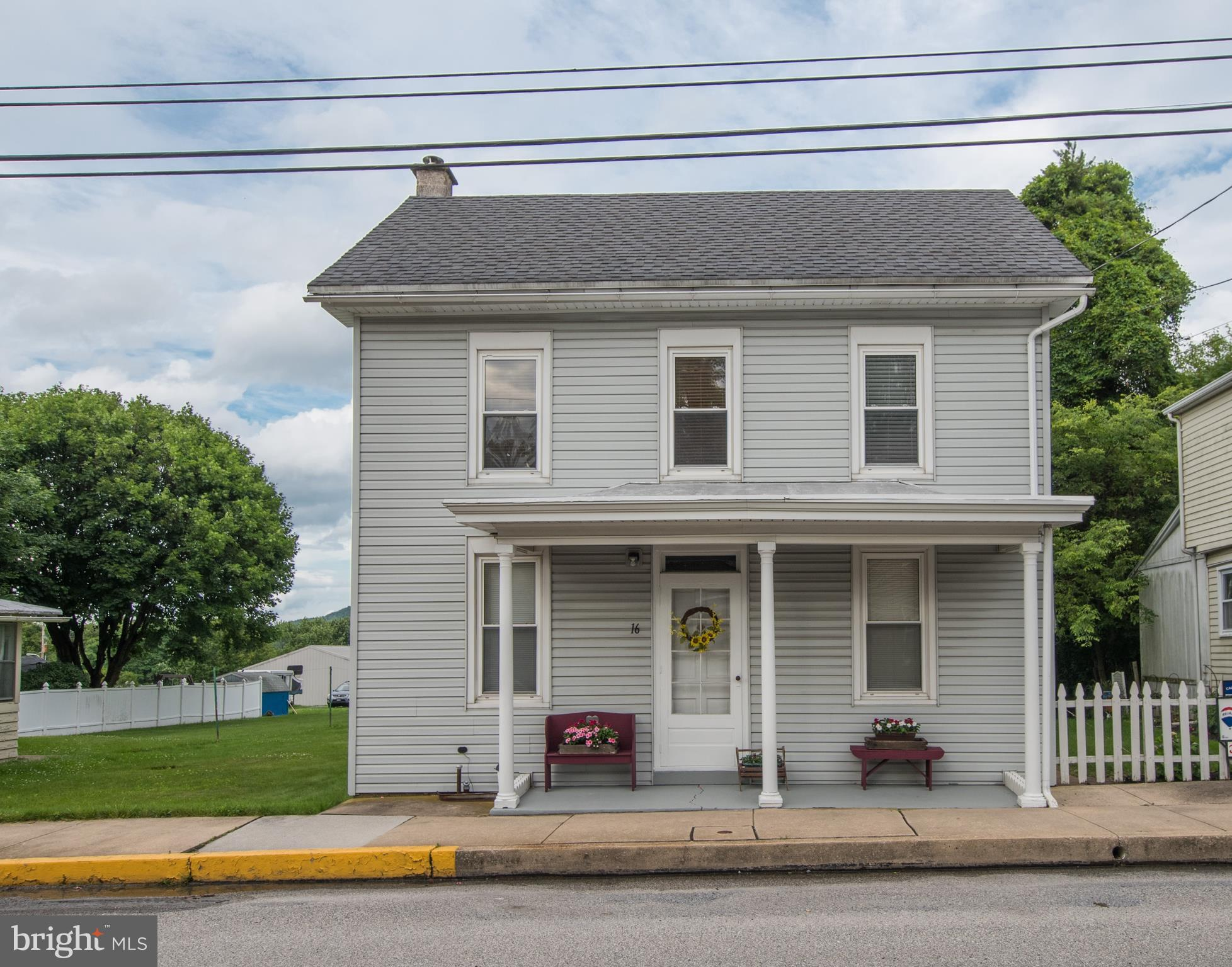 16 S BALTIMORE STREET, FRANKLINTOWN, PA 17323