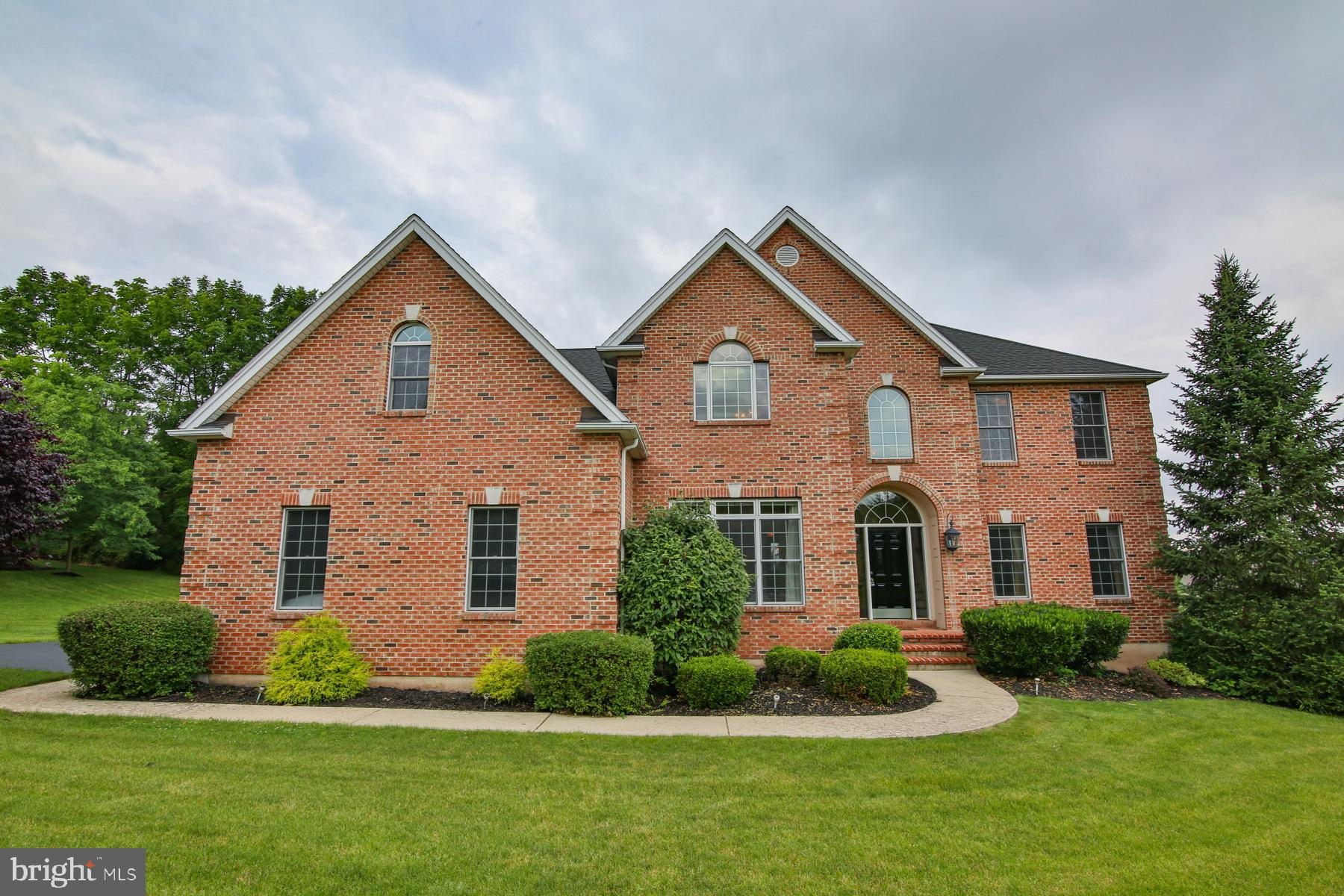2954 KRISTIN COURT, CENTER VALLEY, PA 18034