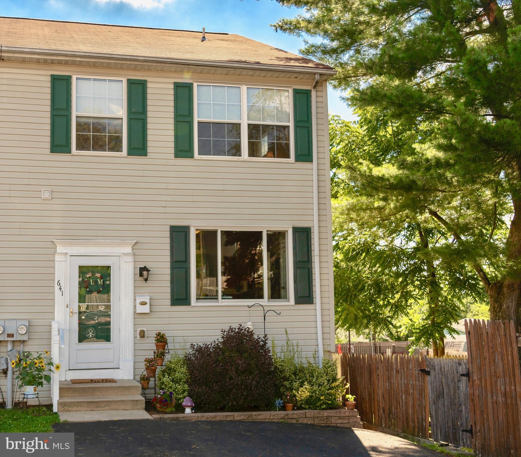 641 JEFFERSON STREET, RED HILL, PA 18076