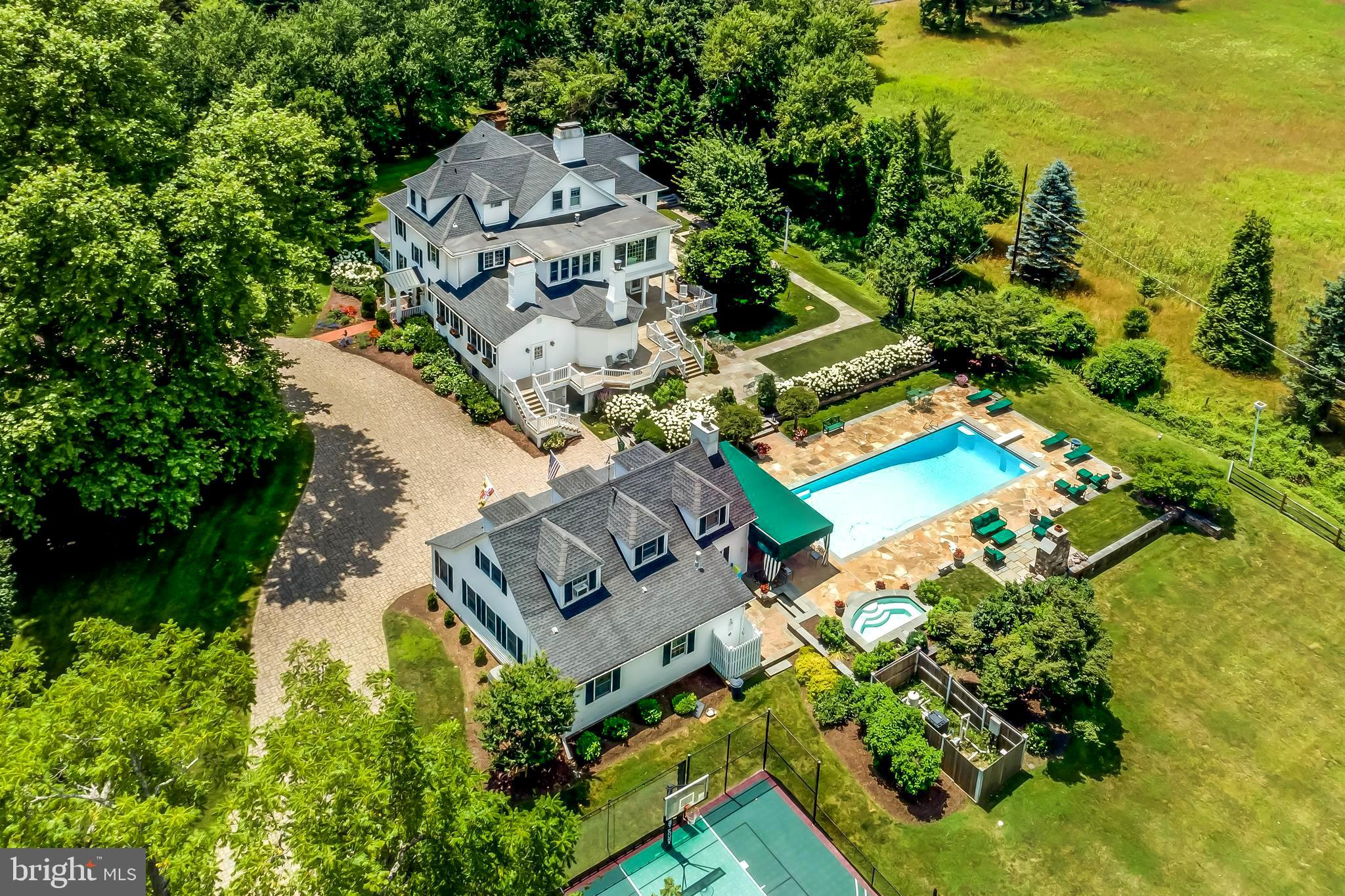 2 GOLF COURSE ROAD, OWINGS MILLS, MD 21117