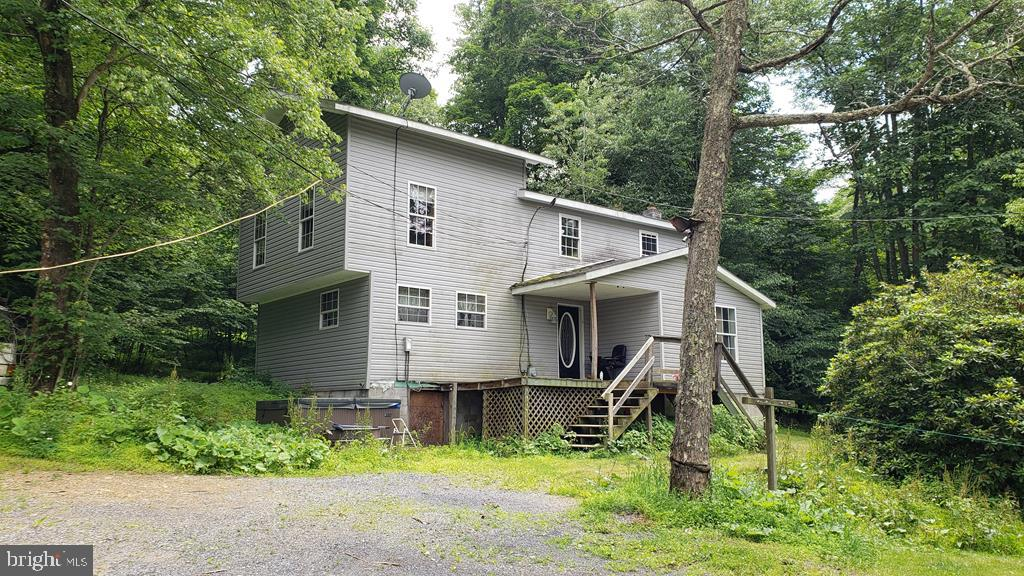 4764 NEW LANCASTER VALLEY ROAD, MILROY, PA 17063