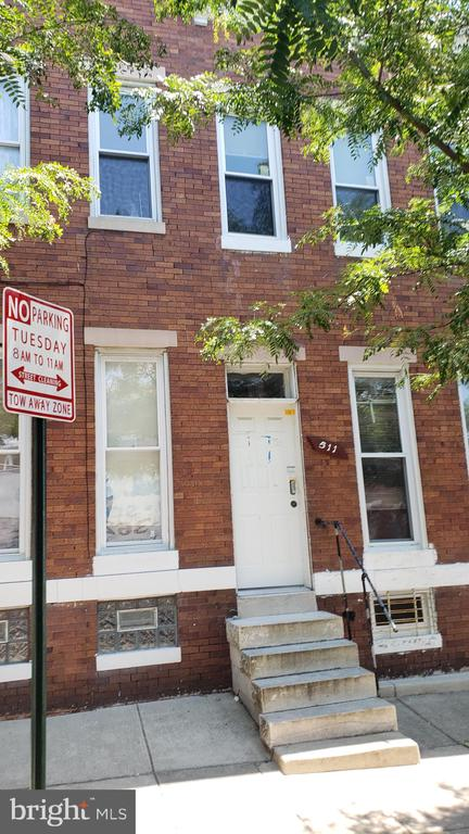 Price Reduction!  Nice and remodeled townhouse  with 1400 SQFT finished.  fha welcome but selling AS IS.