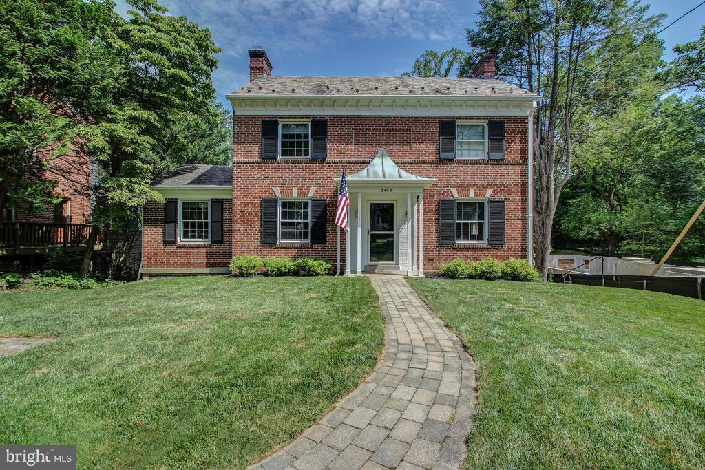 Sought after Martins Addition. Expanded center hall colonial including expanded lower level. Kitchen/great room. Home office. Open Sunday 7/21  1-4