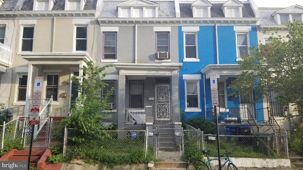 Great time to move into Columbia Heights. House need renovation. Large friendly dog on the premises.  Must contact agent (202) 413-1600 to receive permission to enter the house. The sale of this house is contingent upon Owner finding another place to move into.