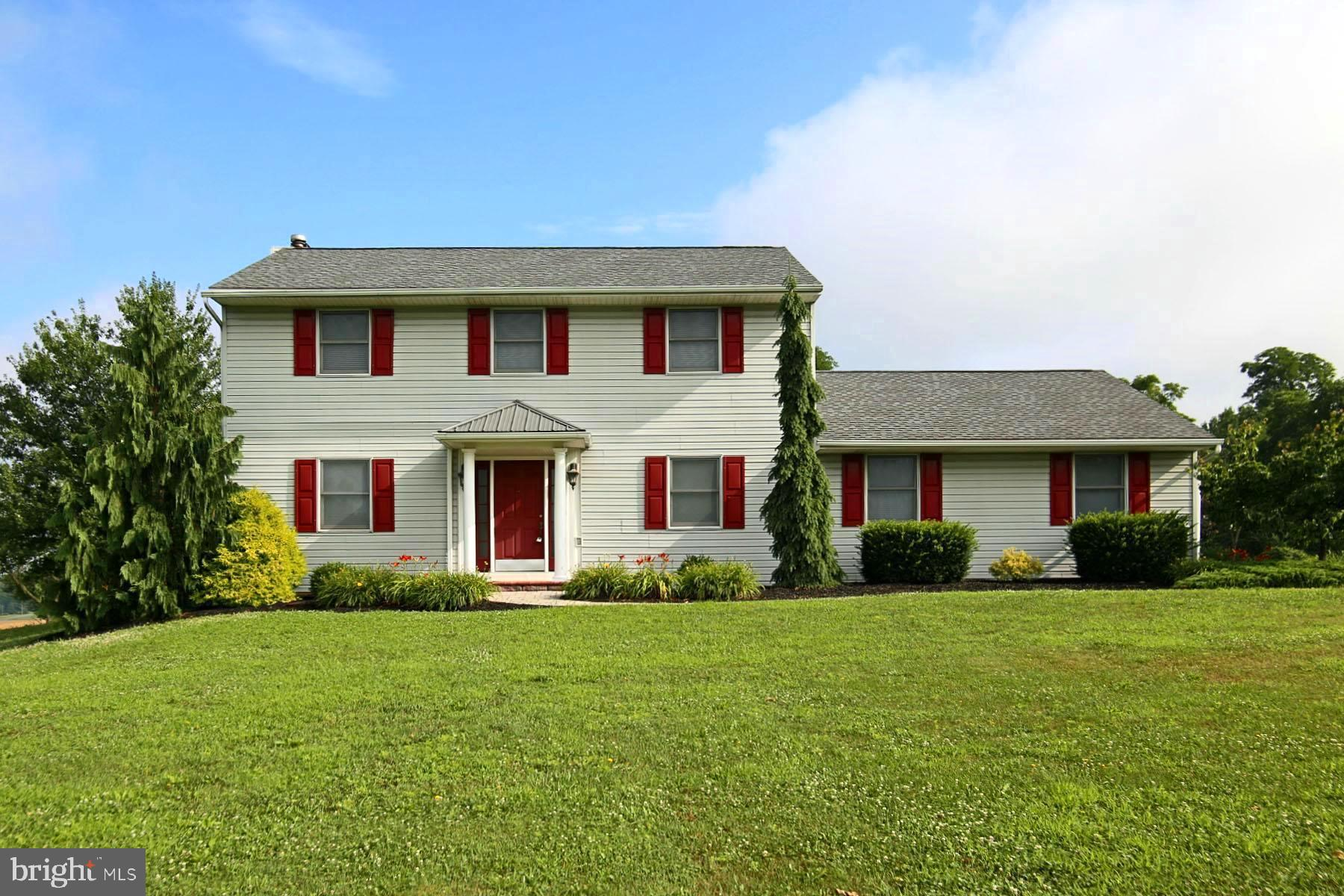 4079 SHANAMANTOWN ROAD, ANNVILLE, PA 17003