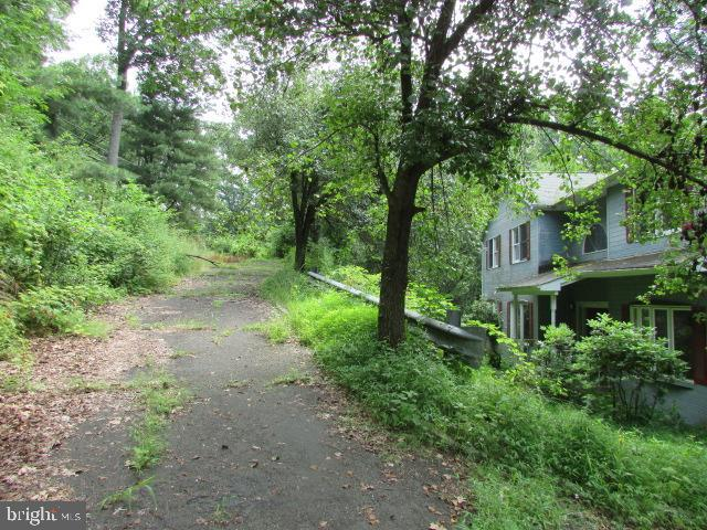947 LONG HILL RD ROAD, GILLETTE, NJ 07933