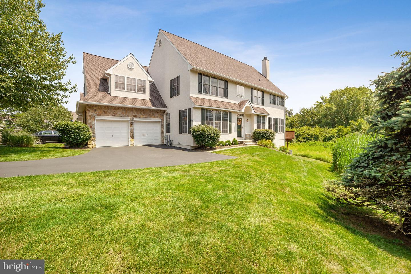 1105 Whispering Brooke Drive Newtown Square, PA 19073