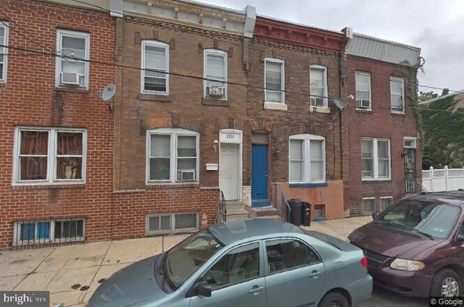 south Philly great deal, sheriff sale assignment of bid, title is with Springfield abstract and All offers will be presented, $2500 deposit and proof of funds will be required, AS IS addendum and buyer is responsible for u/o. S Cash or hard money financing only. All offers will be presented. all deposit checks must be received within 48 hours, under 30 days must be certified. Please not approach the tenants, drive by only