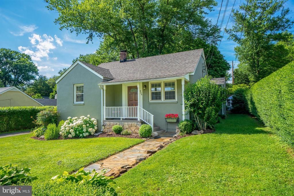 804  BLUE RIDGE AVENUE, Fauquier County, Virginia