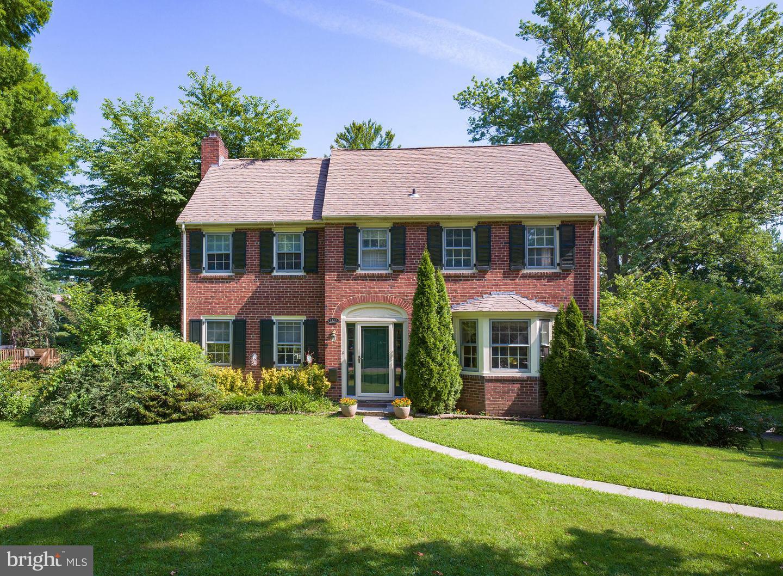 1327 Grenox Road Wynnewood, PA 19096