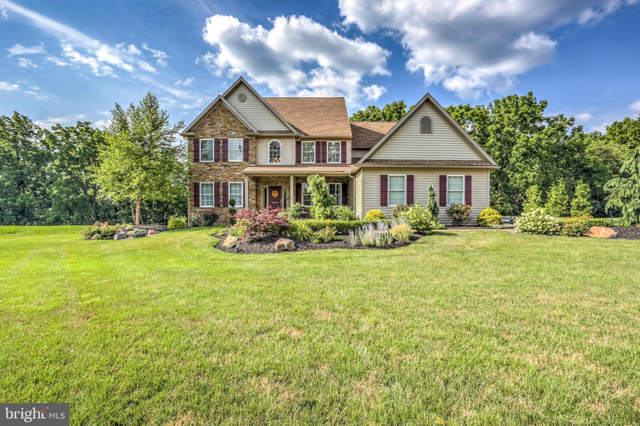 37 WOOLTOWN ROAD, WERNERSVILLE, PA 19565