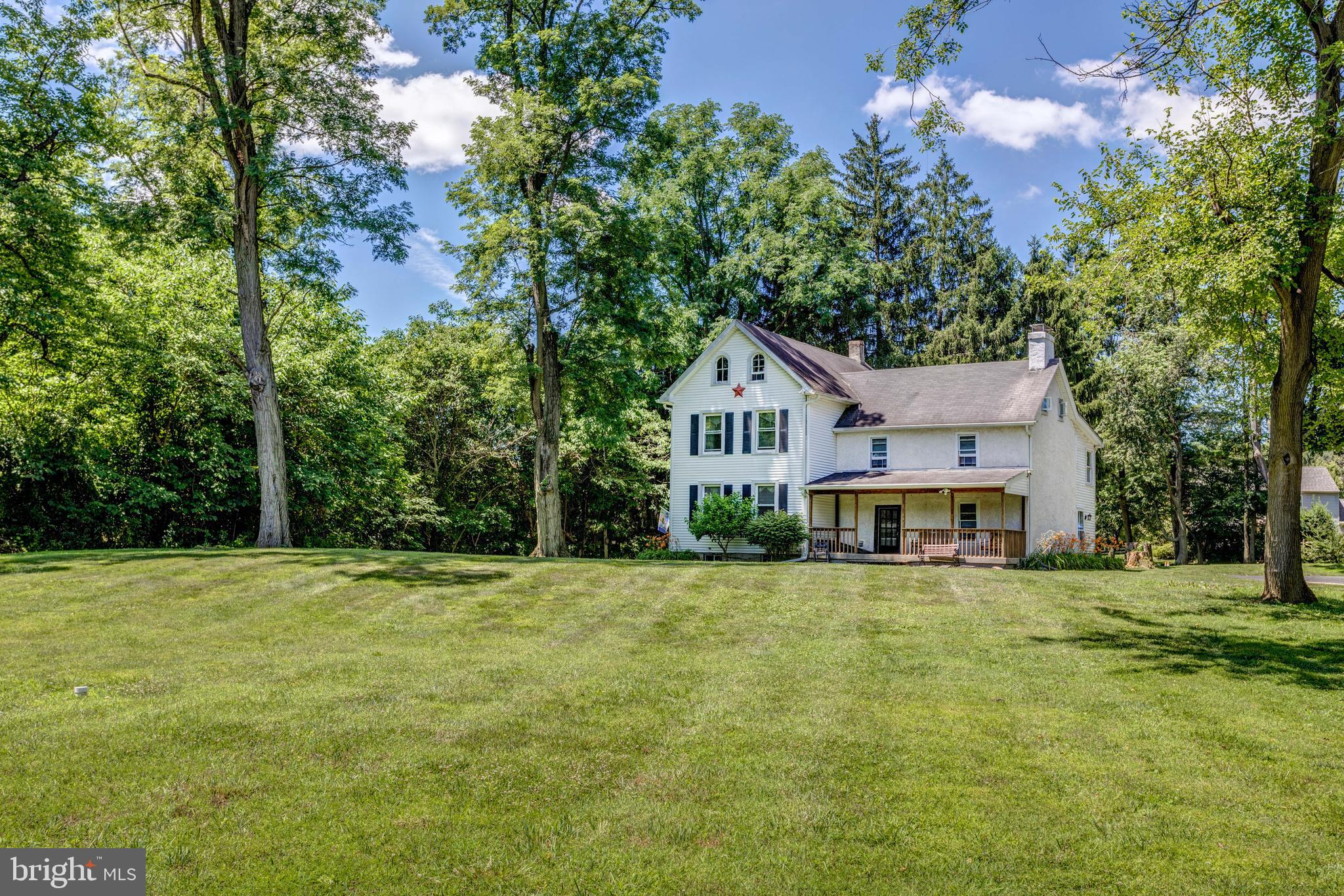 30-32 VERNON LANE, GARNET VALLEY, PA 19061
