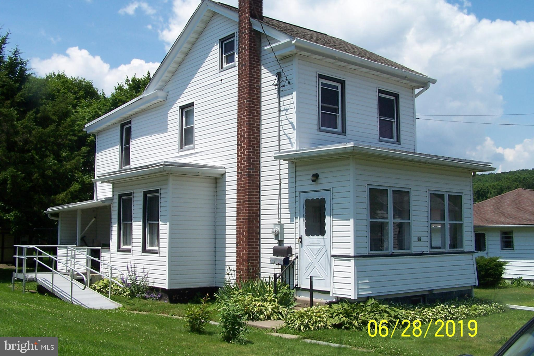 38 FRANKLIN STREET, WEATHERLY, PA 18255