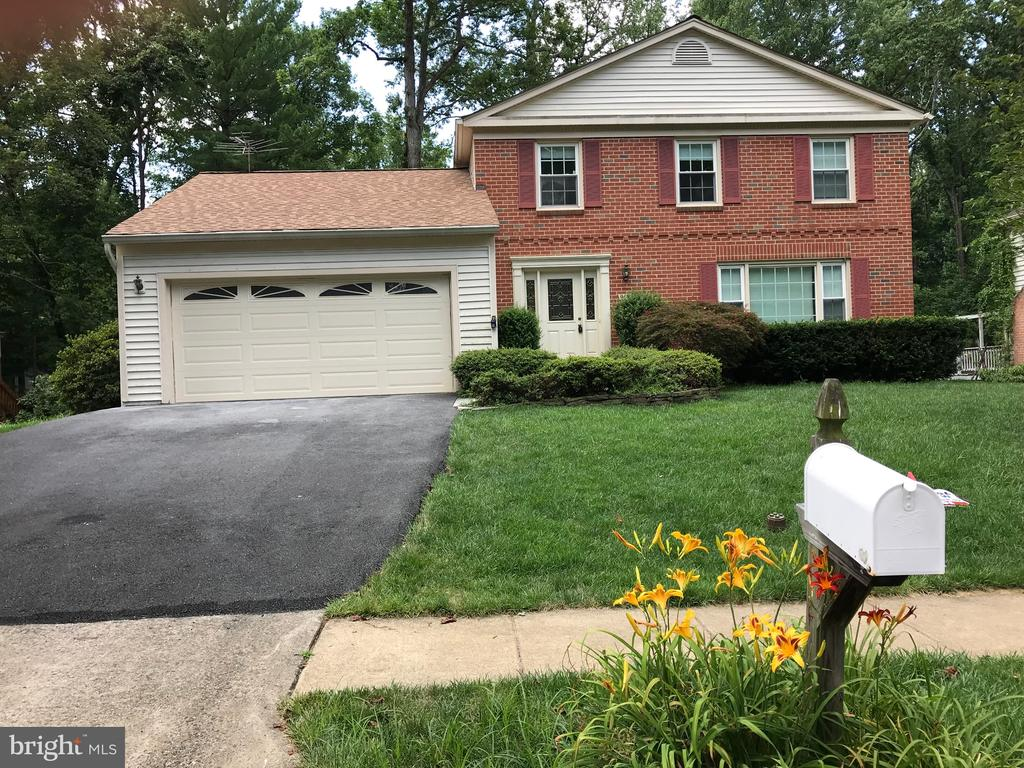 9694  CHURCH WAY, Burke, Virginia 5 Bedroom as one of Homes & Land Real Estate