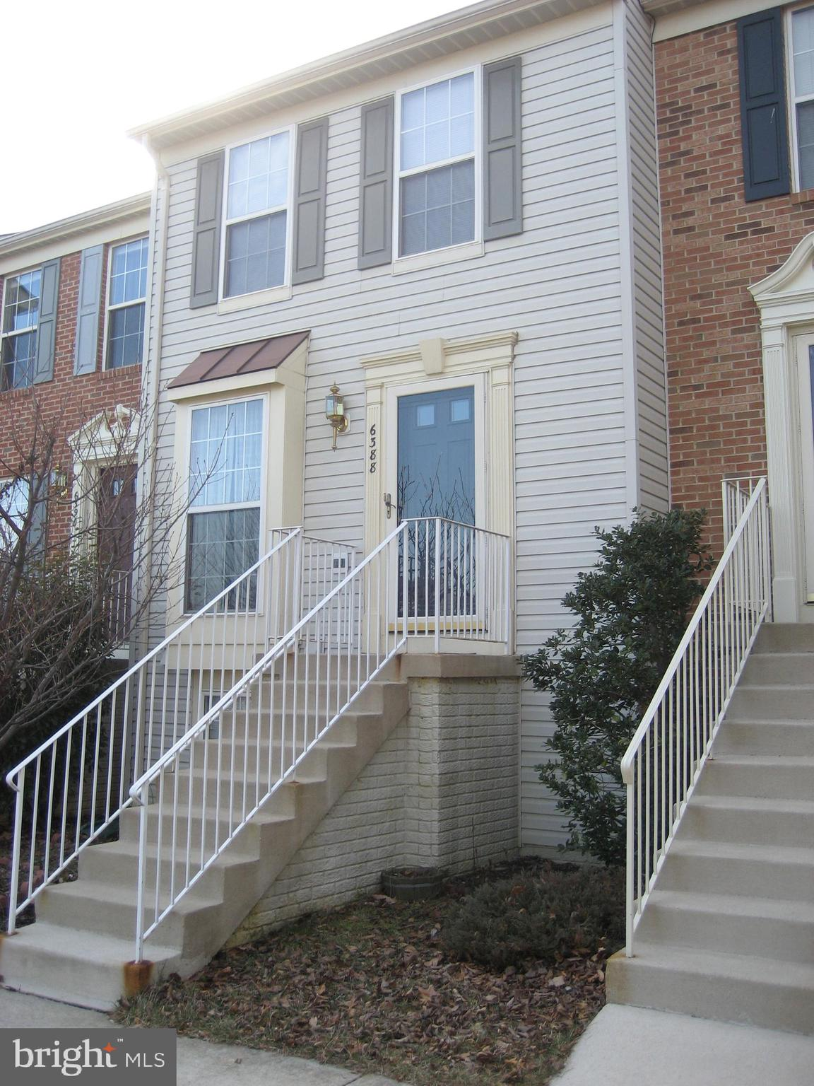 HURRY! Great location! 10 miles south of Arlington where the new Amazon HQ will be based. Take the Metro to work (walk to Metro or take a community shuttle during rush hours in AM and PM). Minutes to 495/395/95 interchange. Mall, shops, restaurants, movie theater are less than 3 miles away. Charming townhouse with granite counters and ceramic tiles in the kitchen, direct access to large deck, 1/2 bath. UL with 2 bedrooms each with direct access to a shared double-sink bath. LL with a large open studio for office/additional bedroom/in-law suit with its own entrance and bathroom. Fenced backyard with patio under deck and garden area. Community pool. 2 reserved off-street parking spaces. New Roof (50-yr warranty and 10-yr workmanship warranty/annual roof inspection transferable to new owner). House to be repainted; new fridge and stove/cooking range; or seller's credit. Home warranty for 6 months.