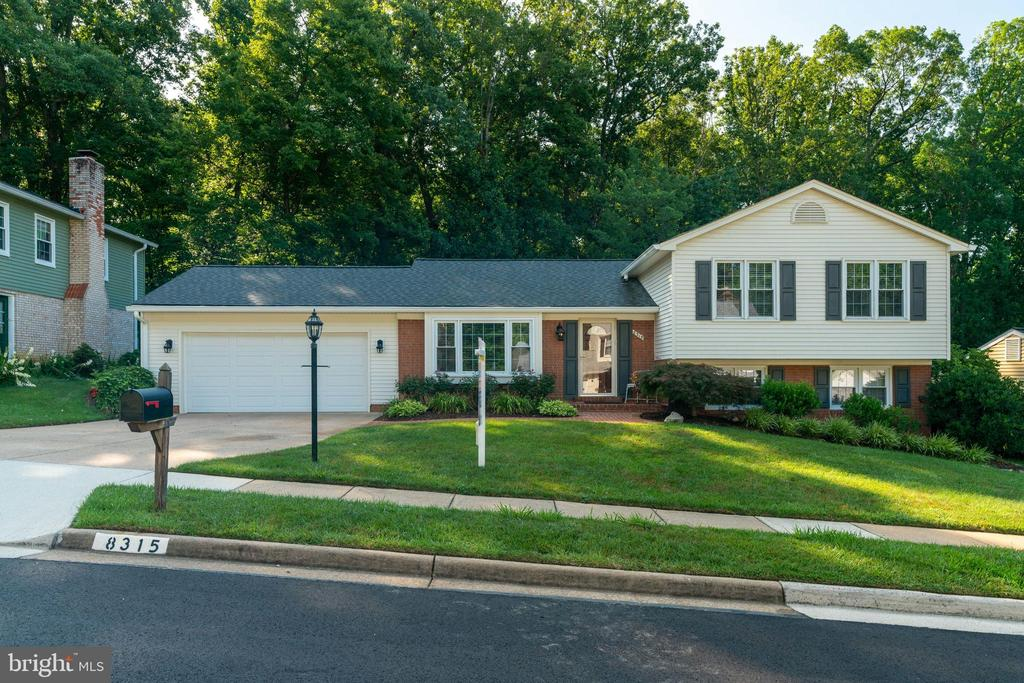 8315  CUSHING COURT, West Springfield, Virginia