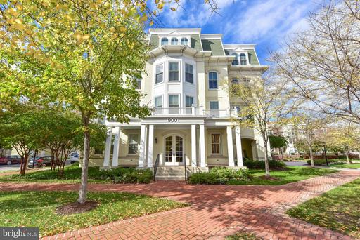 900 N Washington St #201e, Alexandria, VA 22314