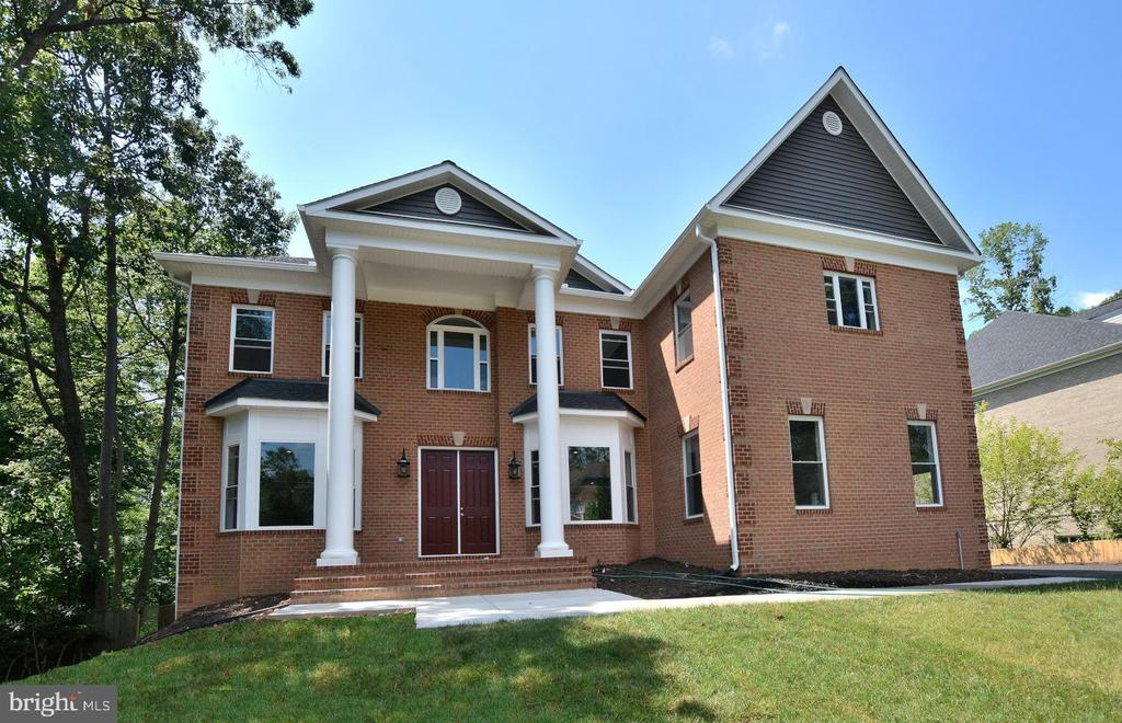 4112  DOVEVILLE LANE, Fairfax, Virginia