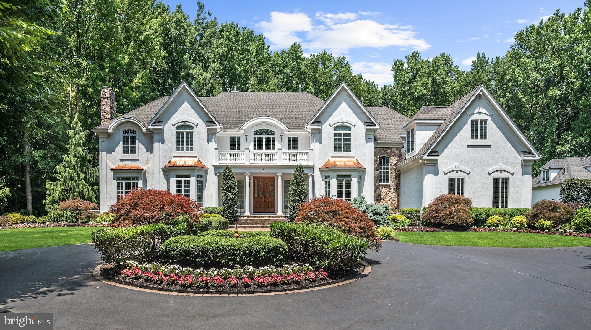 6 COBBLESTONE COURT, MOORESTOWN, NJ 08057