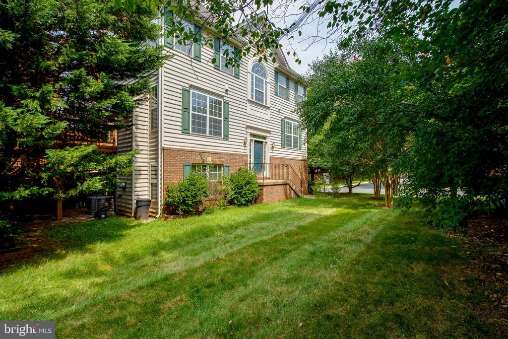 11577  LAUREL LAKE SQUARE,Fairfax  VA