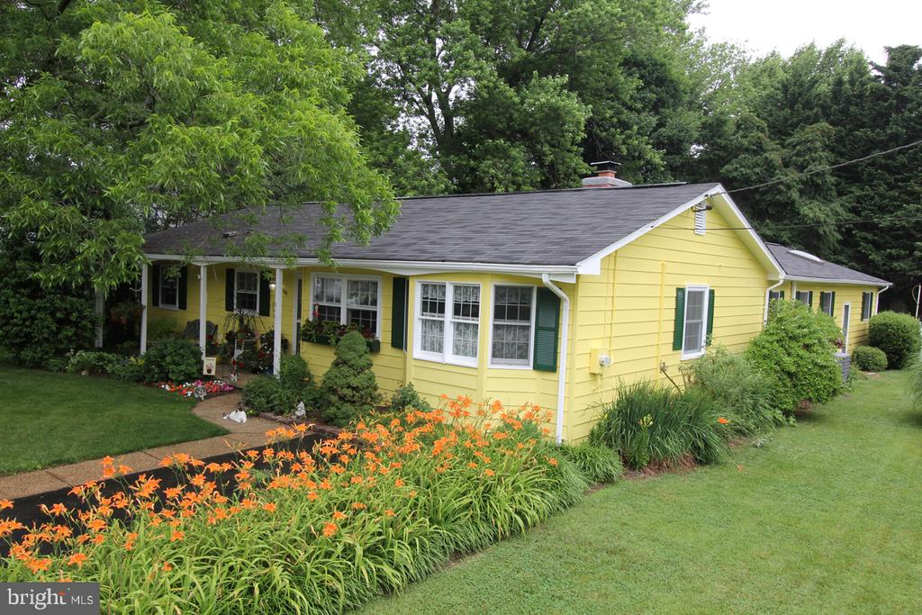 104  SPRING VALLEY DRIVE, Annapolis in ANNE ARUNDEL County, MD 21403 Home for Sale