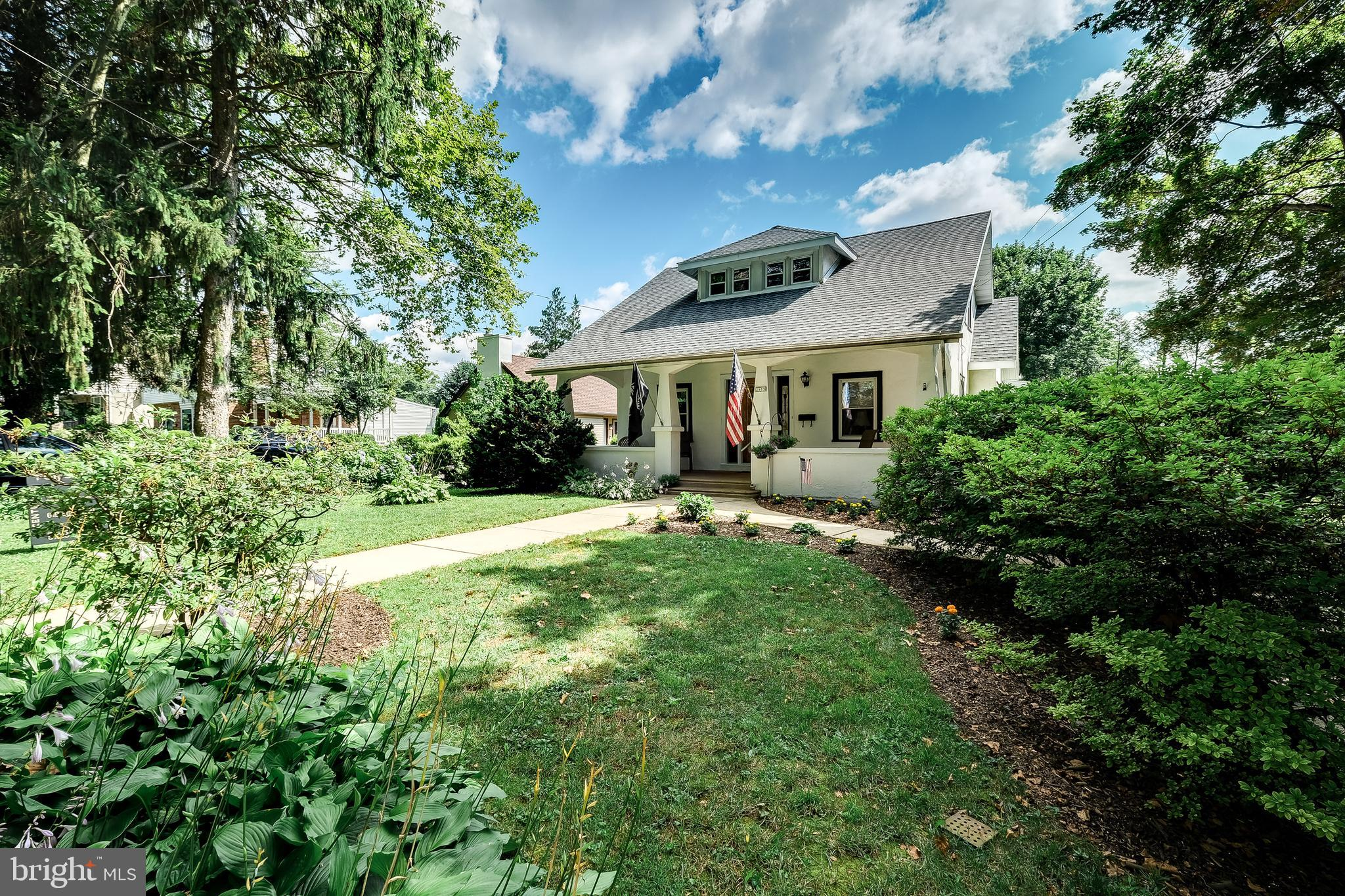 2975 PENNVIEW AVENUE, BROOMALL, PA 19008