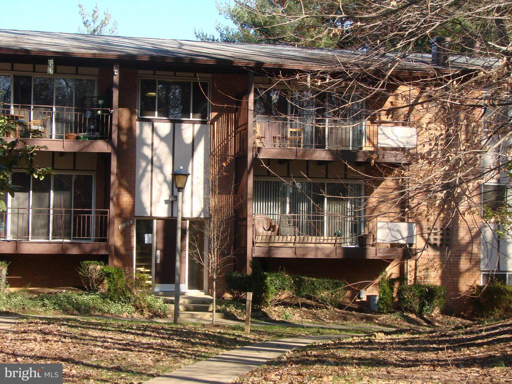 10169  MOSBY WOODS   307, Fairfax, Virginia