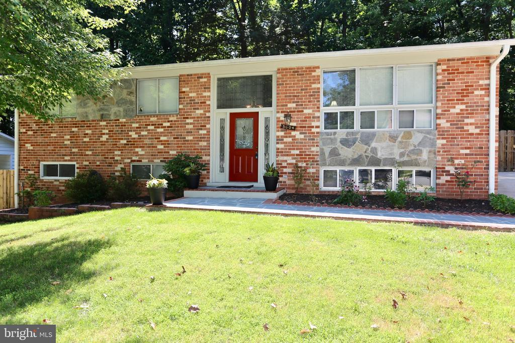 5004  WHEATSTONE DRIVE 22032 - One of Fairfax Homes for Sale