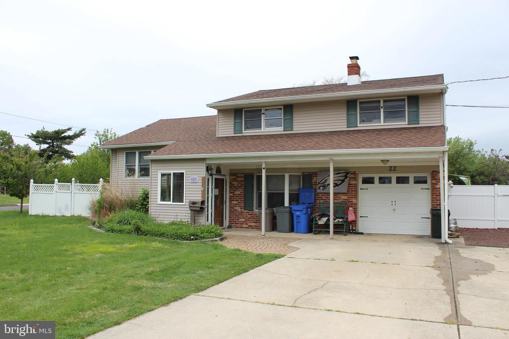 15 AUTUMN LN, Burlington Township NJ 08016 - House for Sale