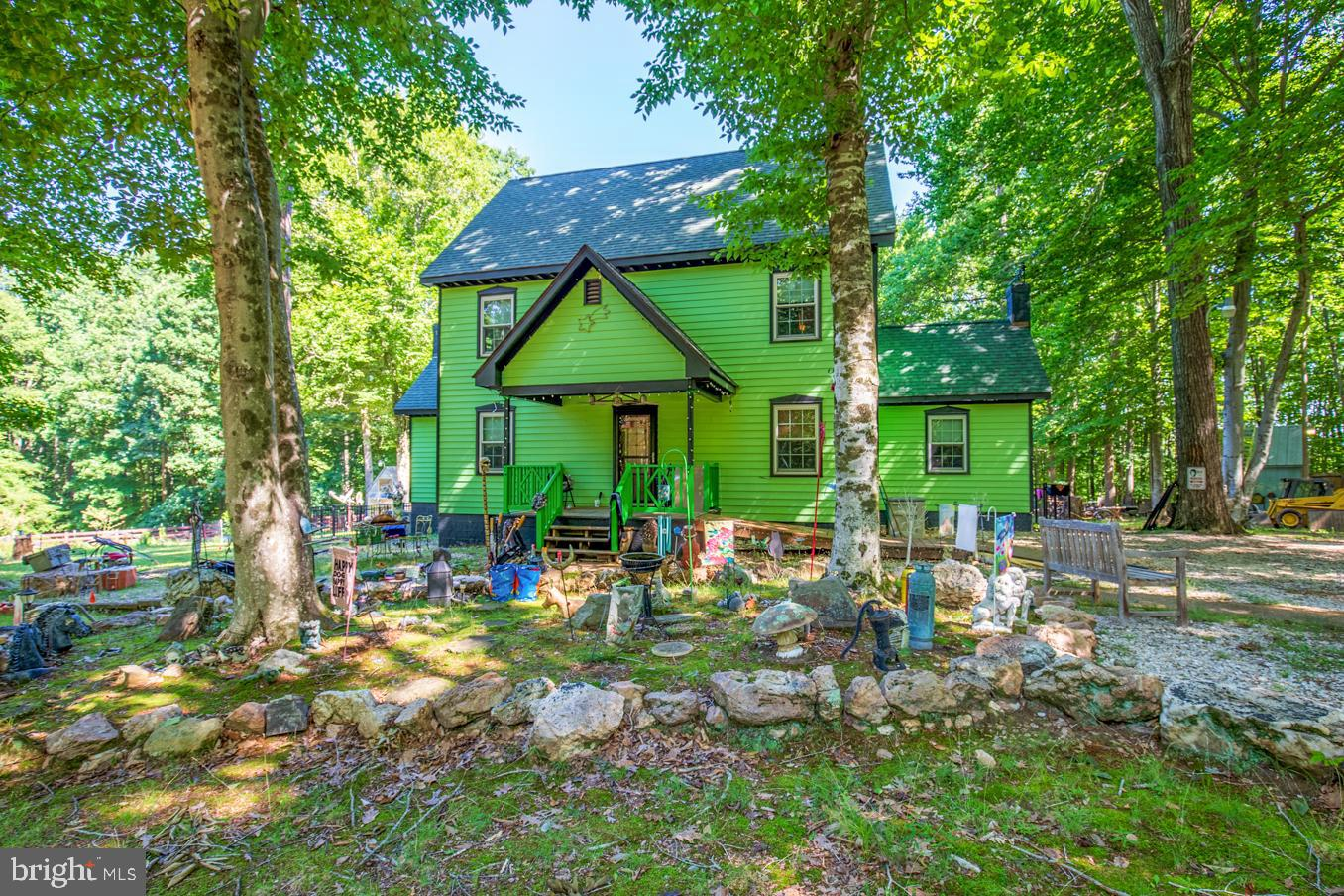 4430 E OLD MOUNTAIN ROAD, LOUISA, VA 23093