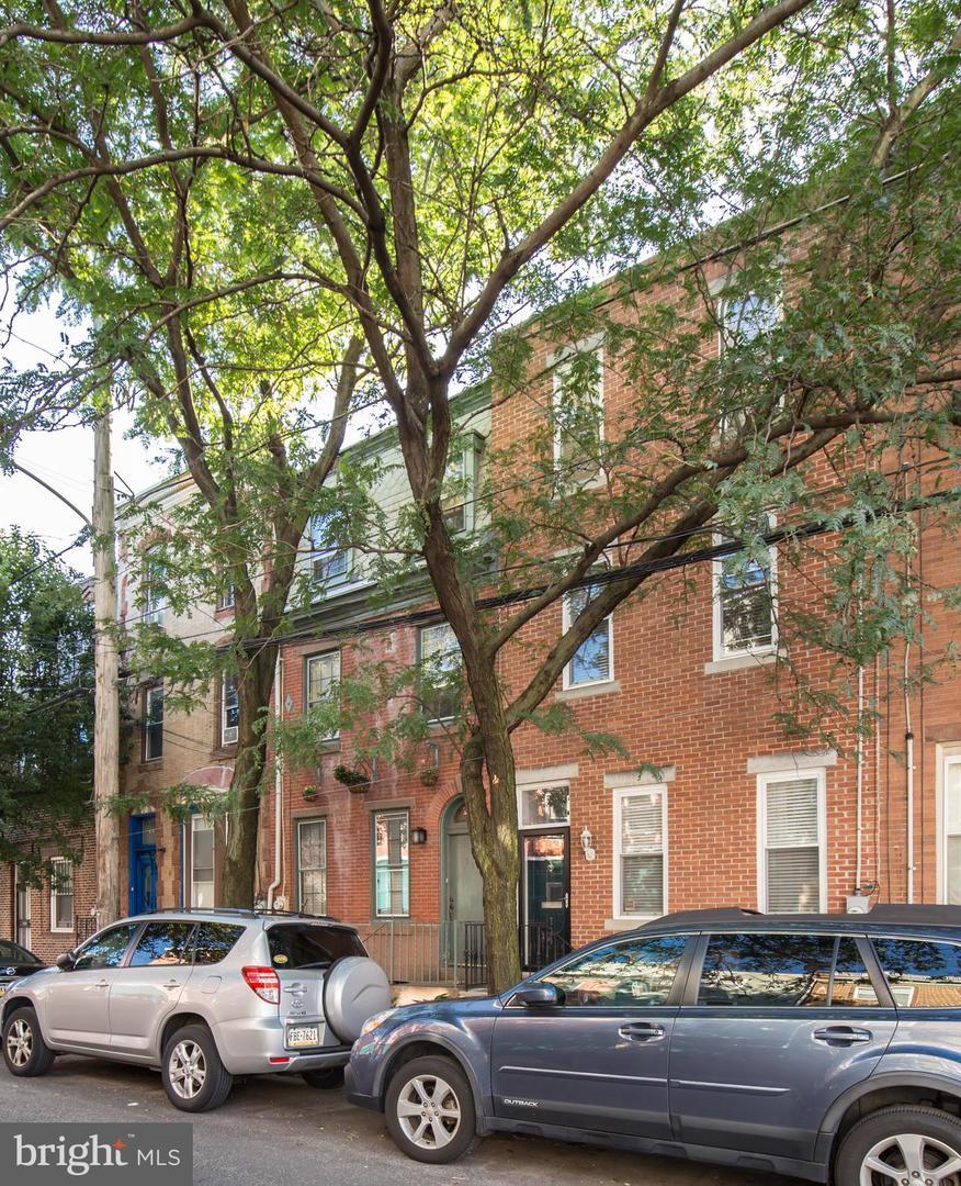 716 S 21st Street Philadelphia, PA 19146