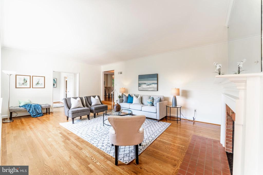 5415 Dorset Ave, Chevy Chase, MD 20815