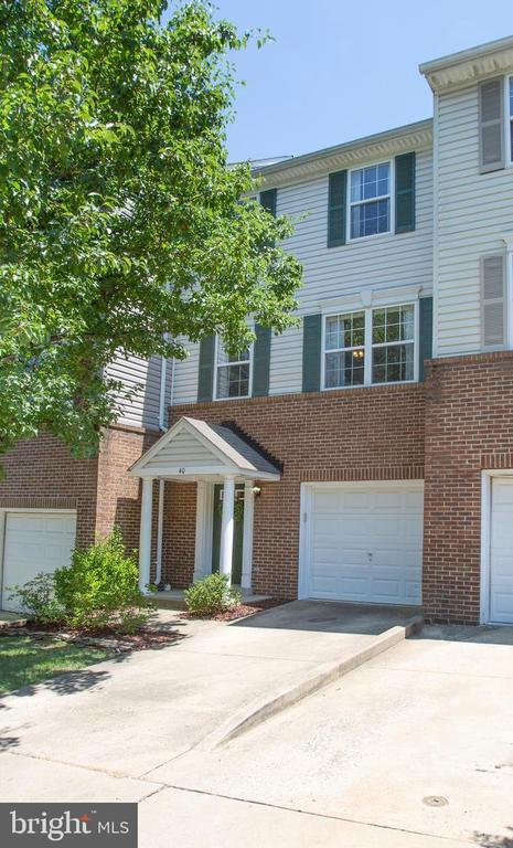 40  SIRE WAY, one of homes for sale in Fauquier County