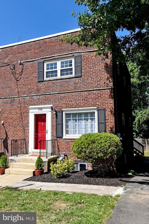 LOVELY & SPACIOUS TOWNHOUSE IN CONVENIENT LOCATION. THIS HOME OFFERS UPDATED BATHROOMS, UPDATED KITCHEN WITH STAINLESS STEEL APPLIANCES, FULL SIZE WASHER & DRYER, HARDWOOD FLOORS, NEUTRAL CARPETING, FULLY FINISHED BASEMENT, DECK , PATIO , FENCED BACKYARD AND MORE.** NO HOA. NO CONDO FEES. **WELCOME HOME**