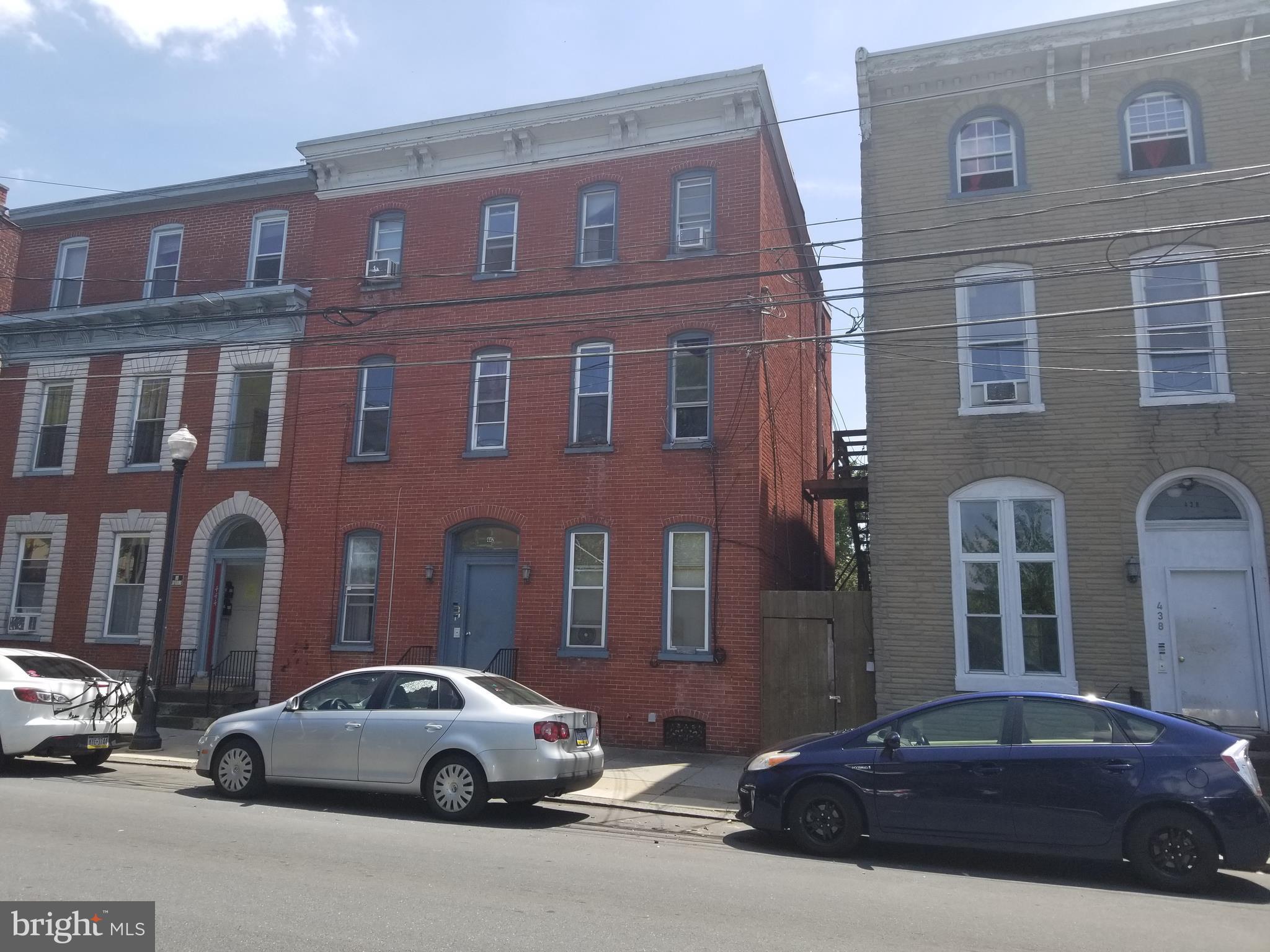 438-442 E KING STREET, LANCASTER, PA 17602