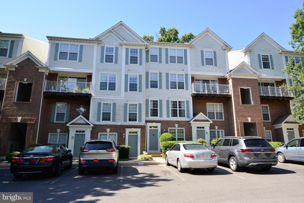12735  FAIR CREST COURT  45 22033 - One of Fairfax Homes for Sale
