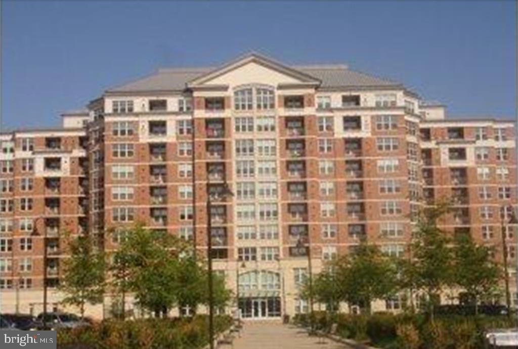 11760 Sunrise Valley Dr #309