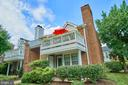 2586-H S Arlington Mill Dr #8