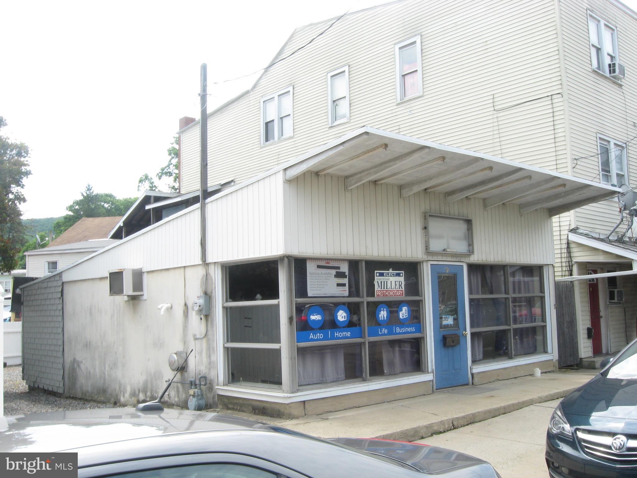 86 COAL STREET, PORT CARBON, PA 17965