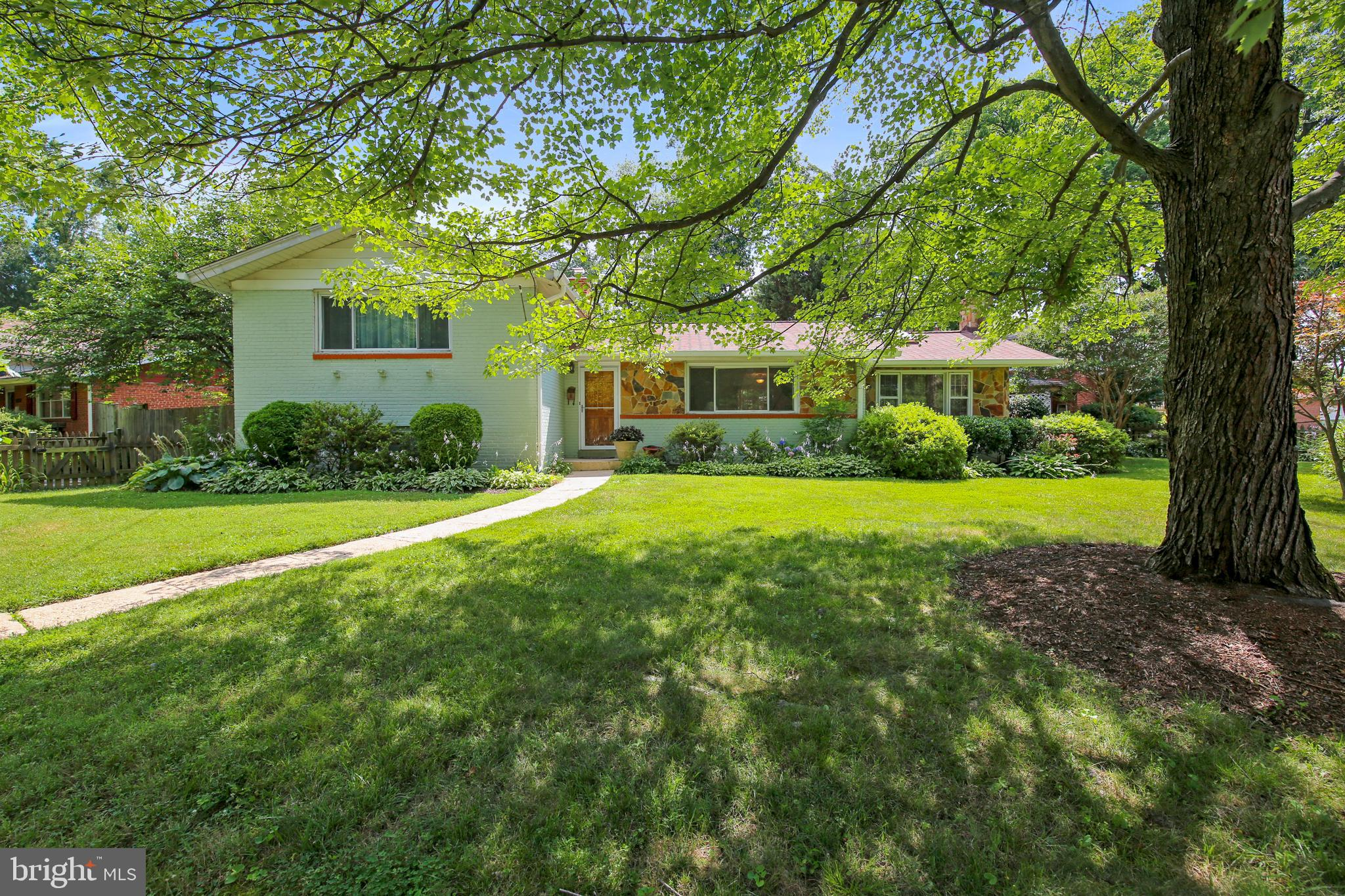 10414 HUTTING PLACE, SILVER SPRING, MD 20902