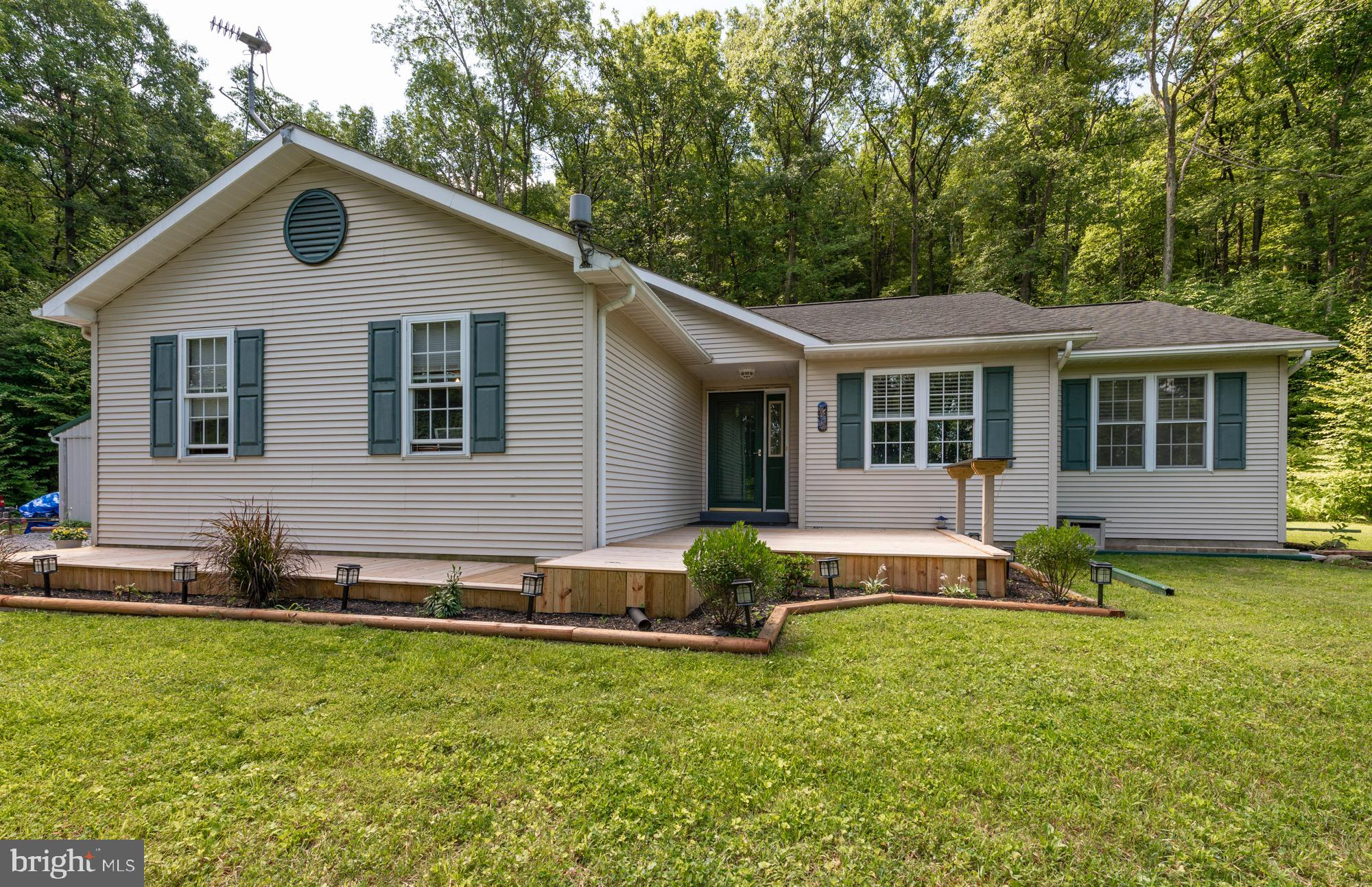 81 MOUNTAIN SIDE LN, CATAWISSA, PA 17820
